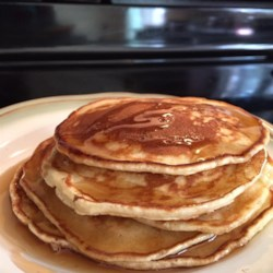 4 Healthy Pancake Alternatives For National Blueberry Pancake Day