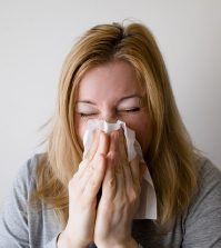 7 Essential Ways To Prevent Colds and Flu | www.naturallyhealthynews.com