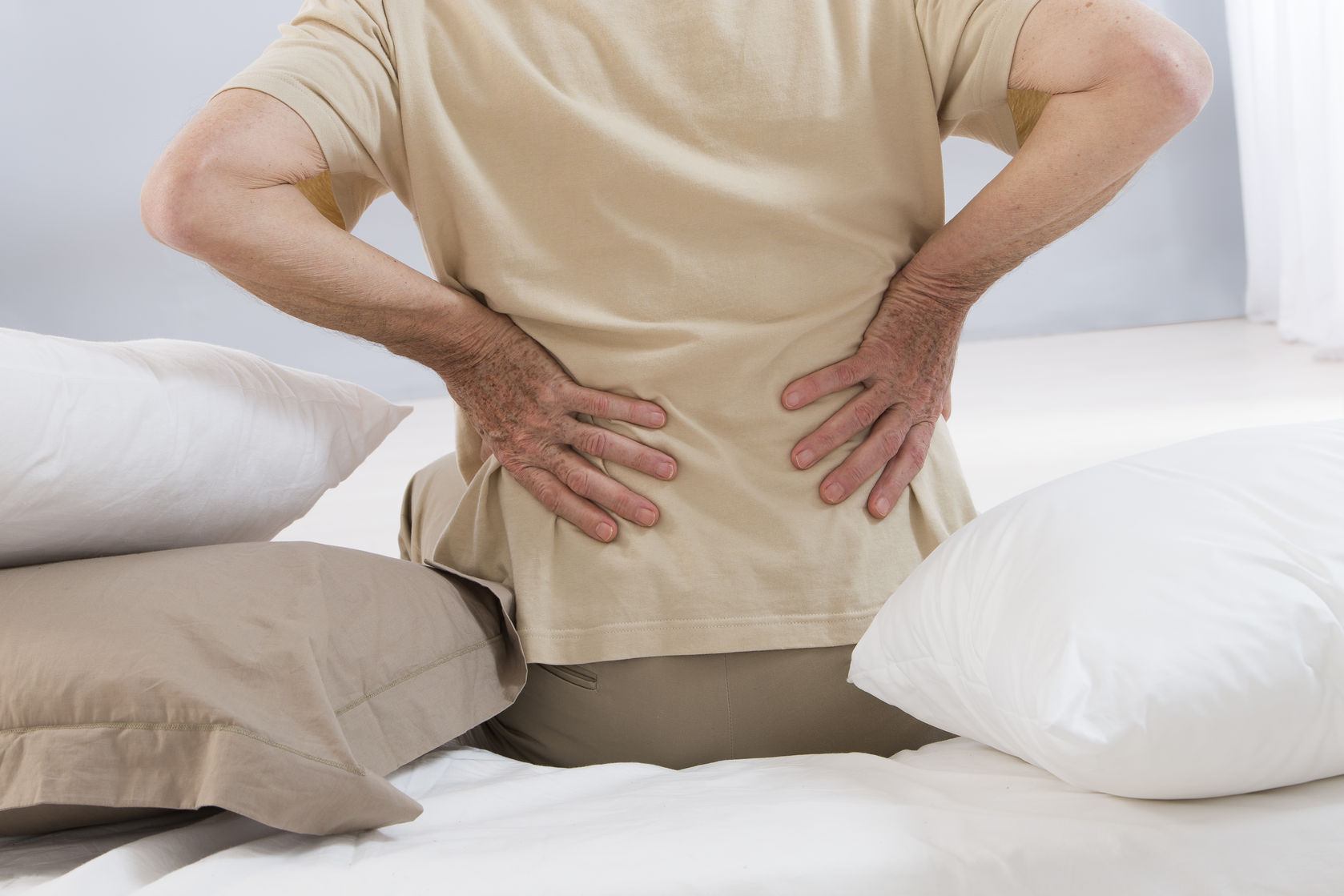 How To Naturally Manage and Relieve Your Back Pain