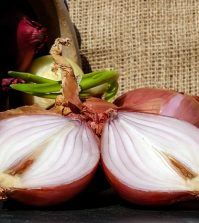 Red Onions Can Provide Powerful Protection Against Cancer Cells | www.naturallyhealthynews.com