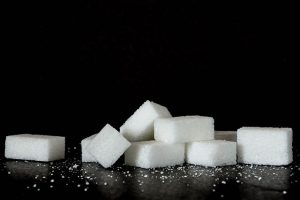 8 Healthy Reasons To Cut Out Sugar For Good! | www.naturallyhealthynews.com