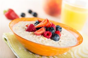 Eat More Oats! Experts Say That Porridge Is 'The Perfect Healthy Breakfast' | www.naturallyhealthynews.com