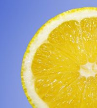 Good News! Vitamin C DOES Defeat Cancer Cells | www.naturallyhealthynews.com