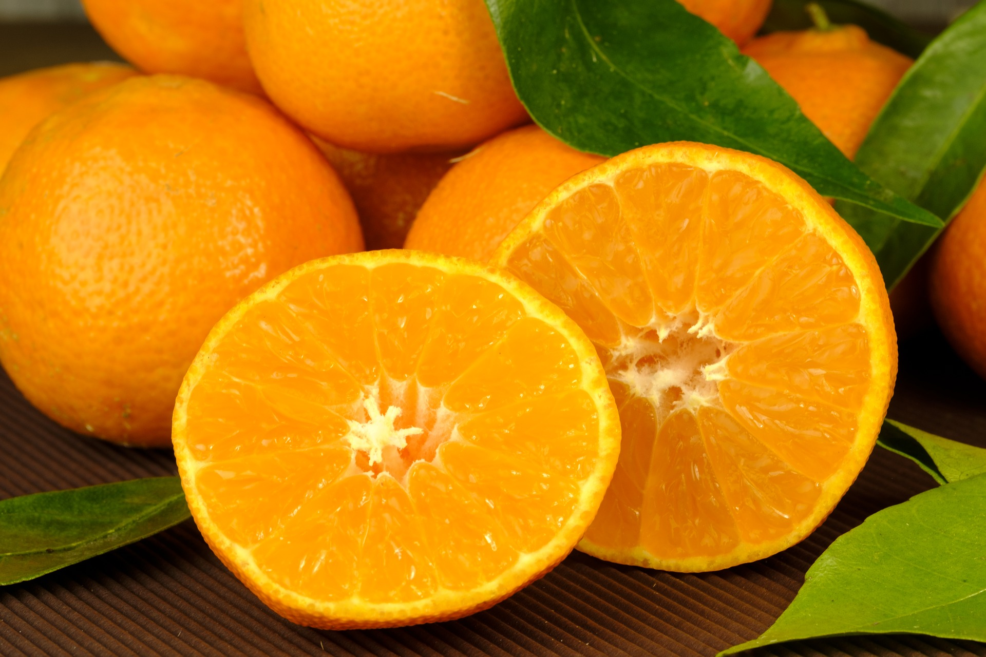 Eating An Orange Every Day Keeps Macular Degeneration Away