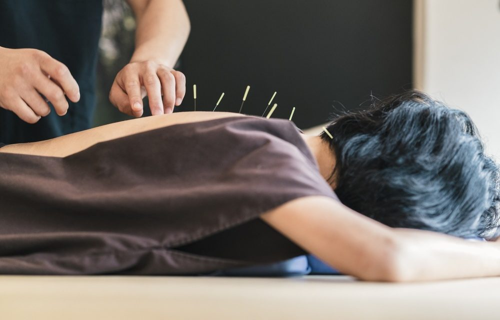 How Acupuncture Provides More Effective Pain Relief Than Opioids