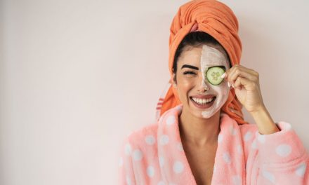 4 Ways That Curcumin Gives A Natural Boost To Your Beauty Regime